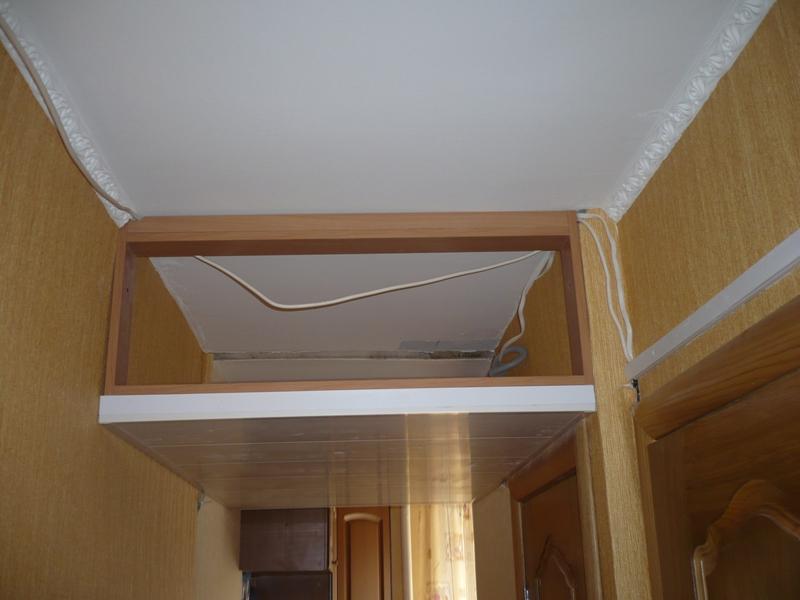 Как сделать антресоль над дверью в коридоре своими руками