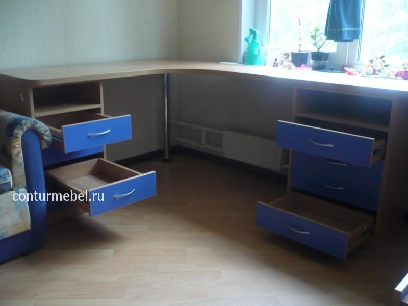 Столы в детскую угловые письменные столы.